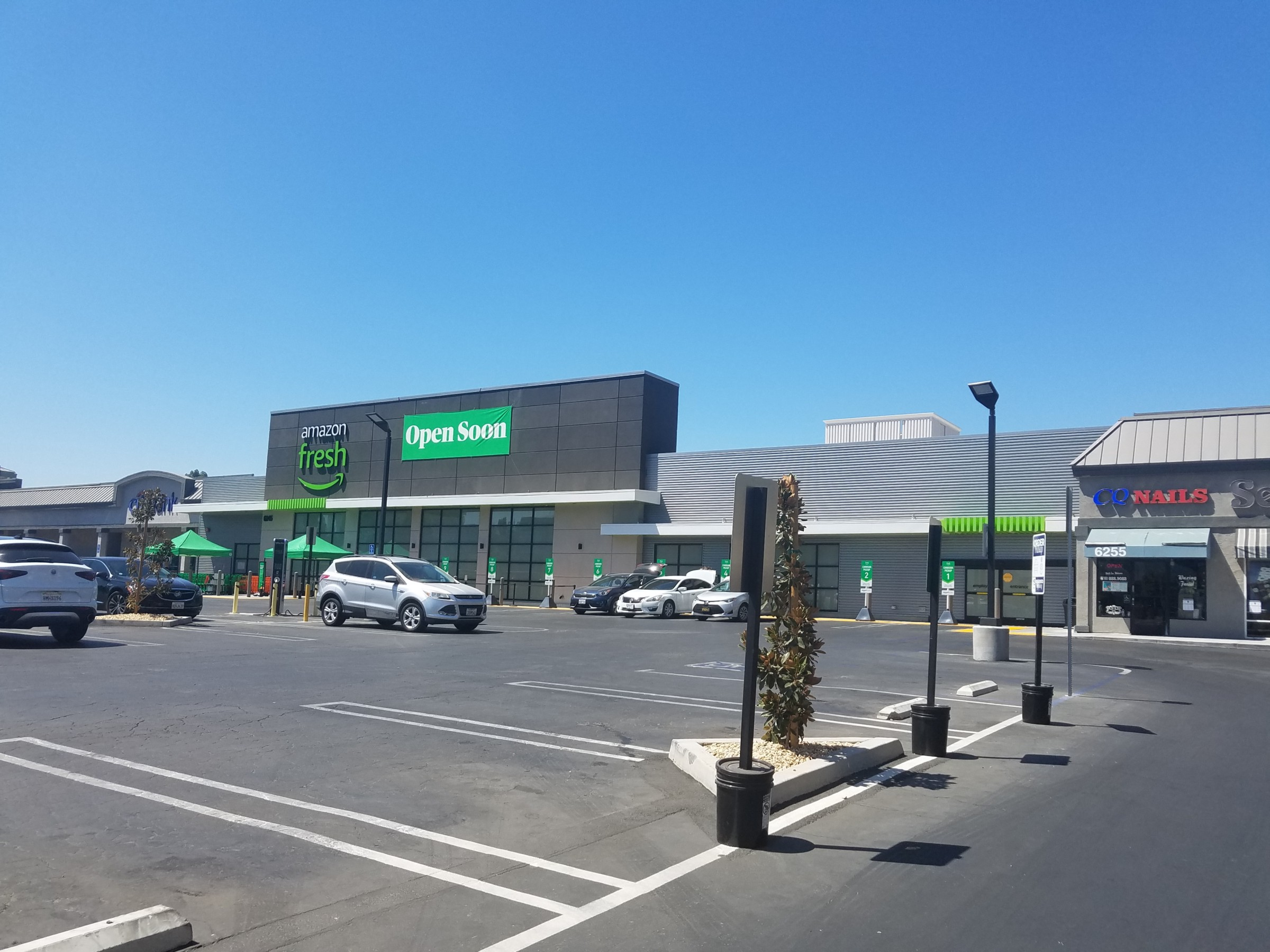 Amazon Fresh Stores, Built by Engineers?